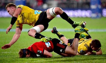 Crusaders storm into Super Rugby final