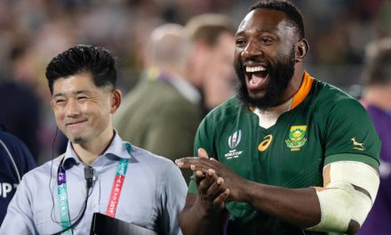 Springboks prop Tendai Mtawarira retires from tests after Rugby World Cup triumph | Stuff.co.nz