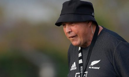 All Blacks coach Hansen hits out at Springboks for pressuring ref