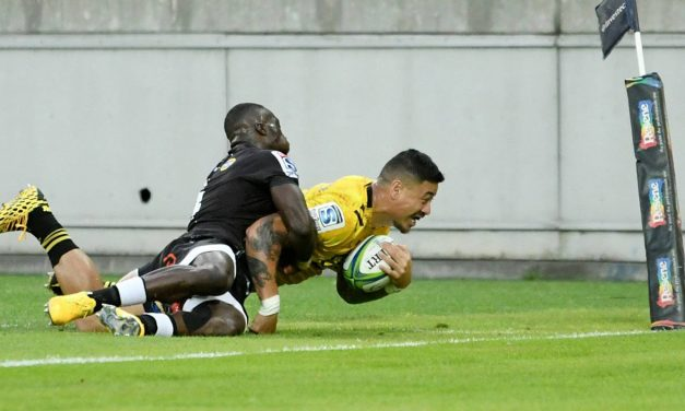 Super Rugby: Ben Lam back to his best to spur Hurricanes to big win over Sharks | Stuff.co.nz