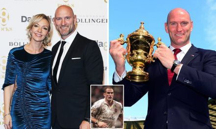 Ex-England rugby ace Lawrence Dallaglio 'spent up to £10,000 in brothel', court hears | Daily Mail Online
