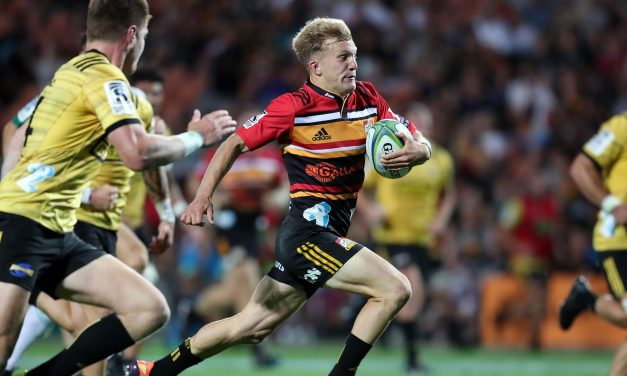 Surprise positional switch for All Black Damian McKenzie in Chiefs' Super Rugby Aotearoa warm-up match